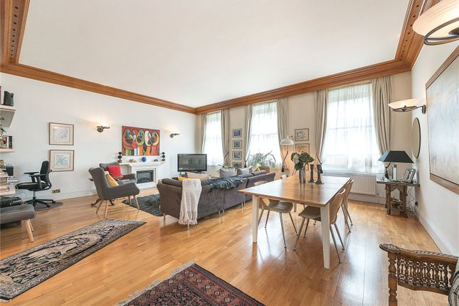 3 bed flat for sale in Blandford Street, London