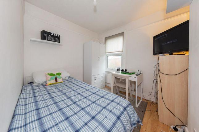 Bedroom 3 of Chiltern Road, Dunstable, Bedfordshire LU6