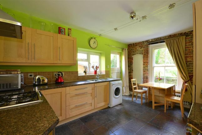 Thumbnail Flat for sale in Rusthall Road, Tunbridge Wells, Kent