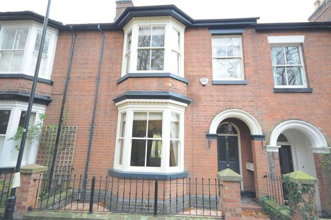 Thumbnail Town house to rent in The Avenue, Stone