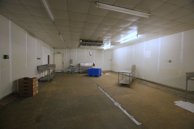 Thumbnail Industrial to let in Warehouse Unit - Short Term Let, 65 Sutherland Road, London