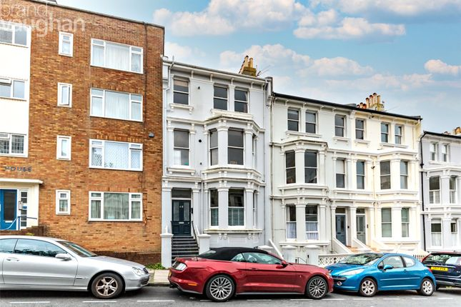 1 bed flat for sale in Eaton Place, Brighton BN2