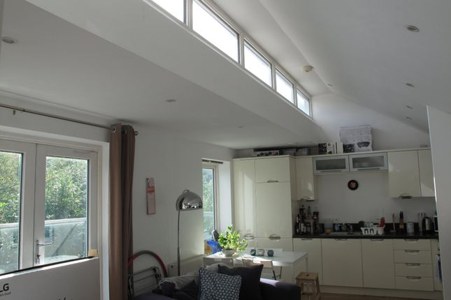 Thumbnail Flat to rent in Ladybridge Road, Cheadle Hulme, Cheadle