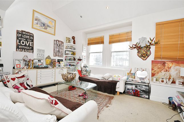 Reception of Townmead Road, London SW6