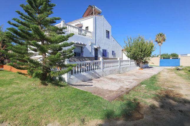 Thumbnail Villa for sale in Alhaurin De La Torre, Alhaurín De La Torre, Málaga, Andalusia, Spain