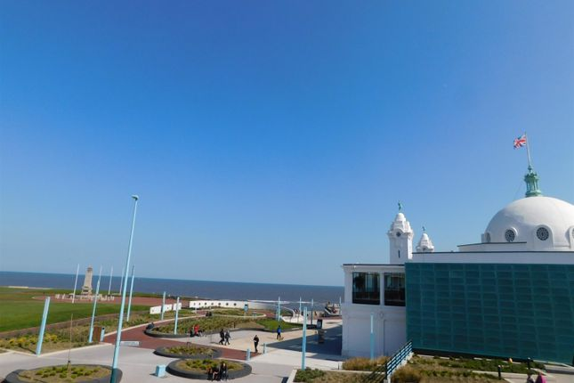 Thumbnail Flat to rent in Marine Avenue, Whitley Bay