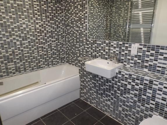 Bathroom of The Crescent, Newquay, Cornwall TR7
