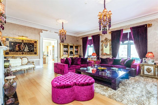 Thumbnail Property for sale in Wall Hall Mansion, Wall Hall Drive, Radlett, Herts