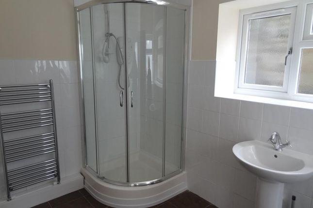 Bathroom of Broad Street, Barry CF62