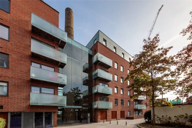 Thumbnail Flat for sale in Tiltman Place, Hornsey Road, London