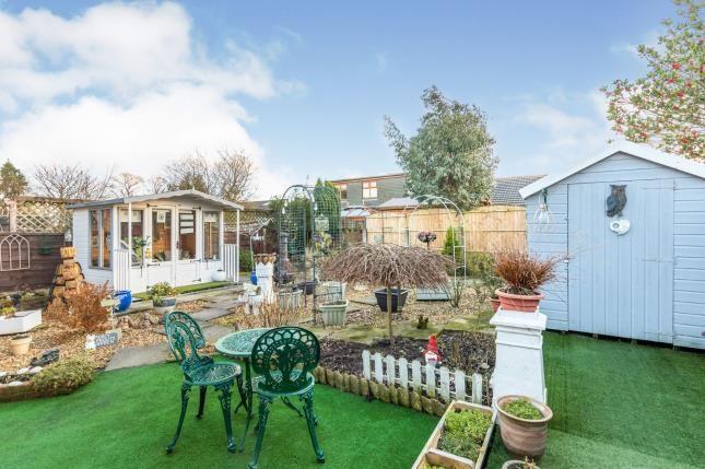 Garden of Bakewell Road, Burtonwood, Warrington WA5