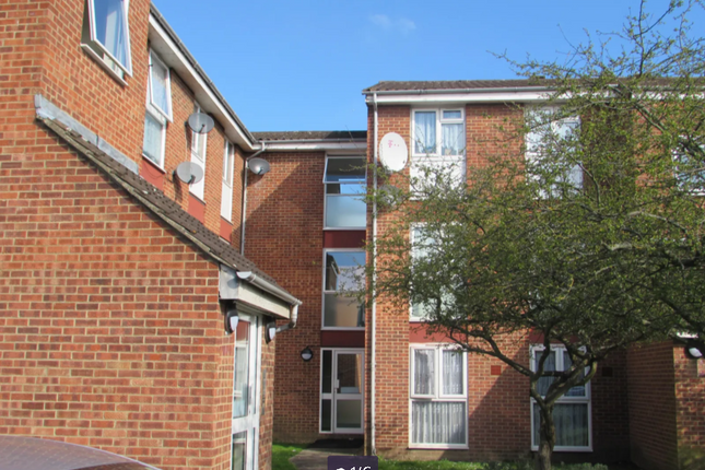 2 bed flat to rent in Archery Close, Harrow, Greater London HA3