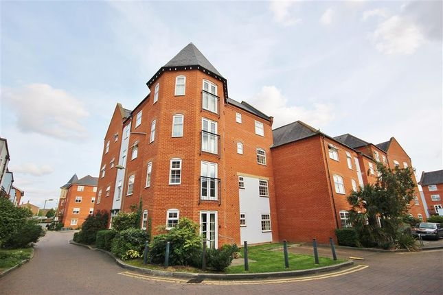 Thumbnail Flat to rent in Eastbury Court, Smiths Wharf, Wantage