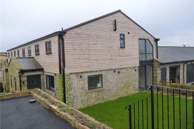 Thumbnail Town house for sale in Penistone Fold, Upper Marsh Lane, Oxenhope, Keighley