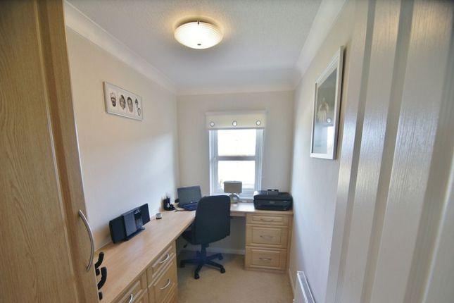 Office/Bed 3 of Wyre Country Park, Wardleys Lane, Poulton-Le-Fylde FY6