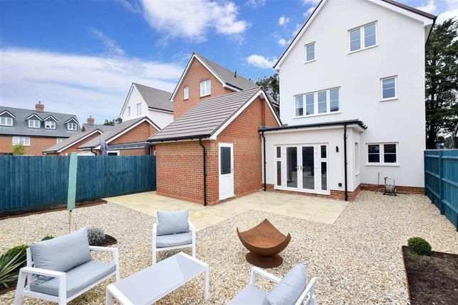 Thumbnail Detached house for sale in Acacia Crescent, Angmering, West Sussex