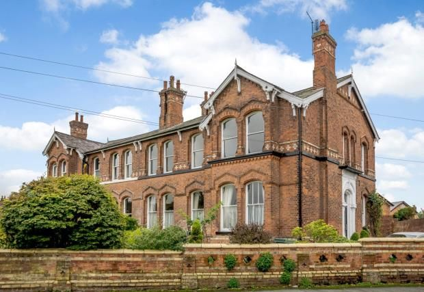 Thumbnail Flat for sale in Queens Park Road, Handbridge, Chester