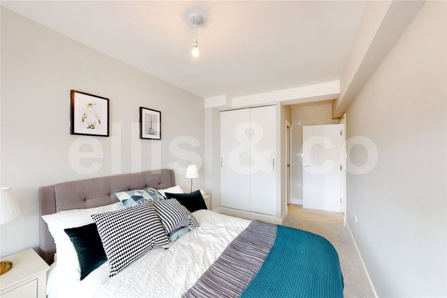 Picture No. 17 of 111-125 Shenley Road, Borehamwood, Hertfordshire WD6