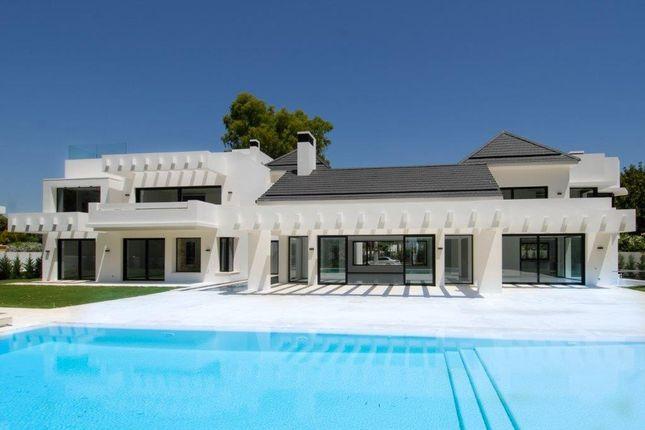 Thumbnail Villa for sale in Guadalmina Baja, Guadalmina, Málaga, Andalusia, Spain