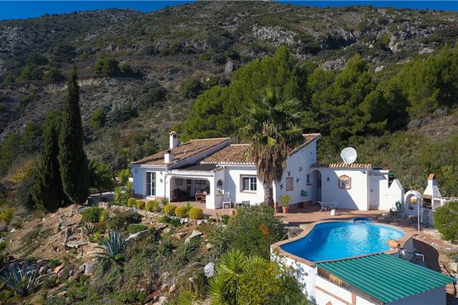 Thumbnail Finca for sale in Casarabonela, Malaga, Andalusia, Spain