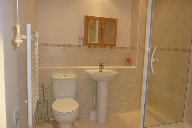Bathroom of Kingfisher Close, Stalham, Norwich NR12