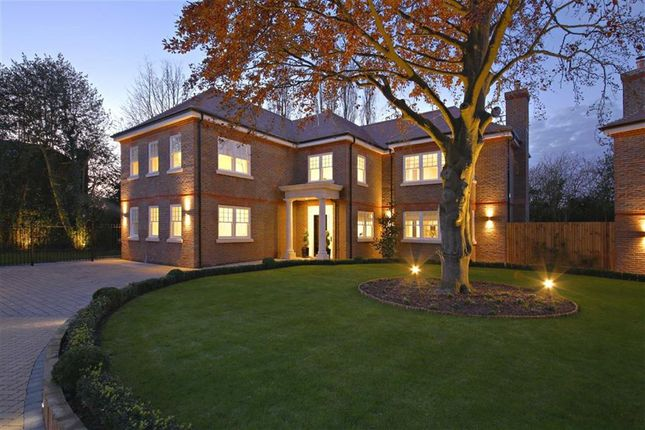 Thumbnail Property for sale in Hayden Close, Arkley, Herts