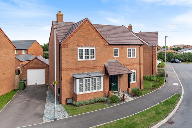 4 bed detached house for sale in 47, Perrins Way, Bevere WR3