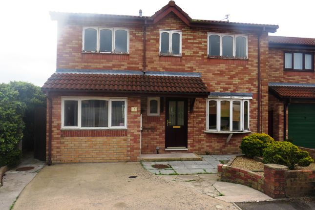 Thumbnail Detached house for sale in Beatty Close, Barry