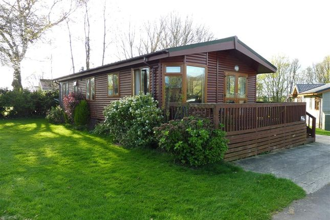 Thumbnail Mobile/park home for sale in Merley House Lane, Ashington, Wimborne