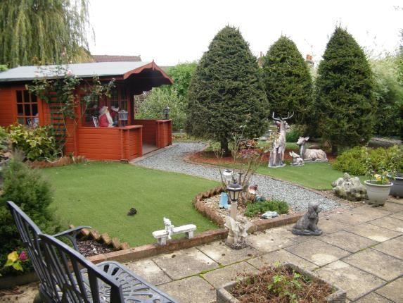 Gardens of Tylers Close, Godstone, Surrey RH9