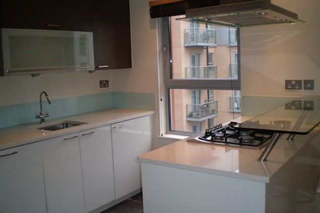 Thumbnail Flat to rent in Harrison Court, Queen Marys Avenue South Woodford, South Woodford London