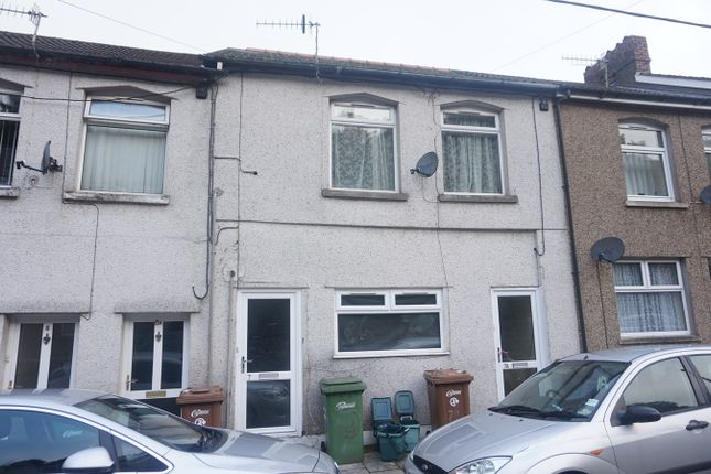 Thumbnail Terraced house for sale in Commercial Street, Ynysddu, Newport
