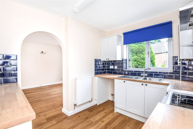 Thumbnail Terraced house to rent in The Willows, Witney