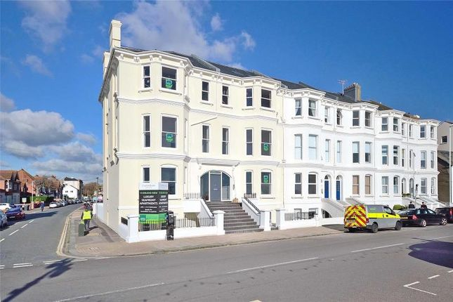 Thumbnail Flat for sale in Queens Road, Worthing, West Sussex