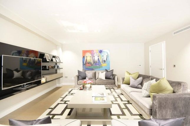 Thumbnail Property to rent in Thayer Street, London