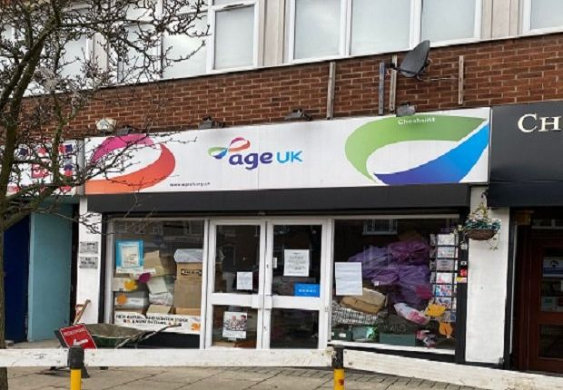 Thumbnail Retail premises to let in Turners Hill, Cheshunt, Waltham Cross