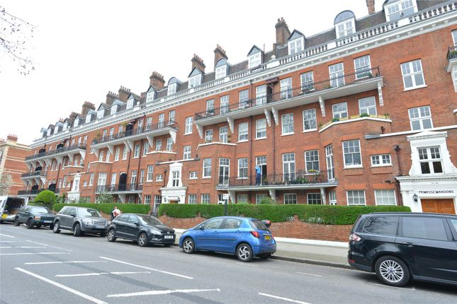 Picture No. 01 of Prince Of Wales Drive, London SW11