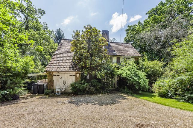 Thumbnail Detached house for sale in Green Lane, Chilworth, Southampton, Hampshire