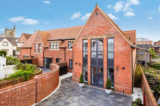 Thumbnail Semi-detached house for sale in Shaftesbury Road, Tunbridge Wells