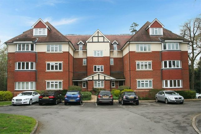 Thumbnail Flat for sale in Canterbury Gardens, Farnborough, Hampshire