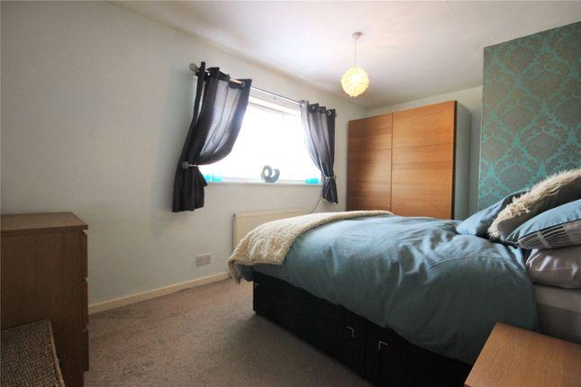 Picture No. 01 of Saltash Road, Hull HU4