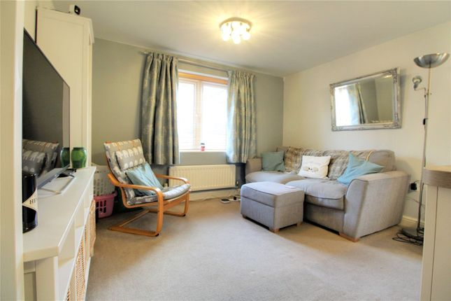 Picture No. 09 of Platinum Apartments, Silver Street, Reading, Berkshire RG1