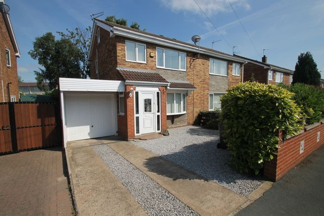 Thumbnail Semi-detached house to rent in Walnut Road, Thorne, Doncaster