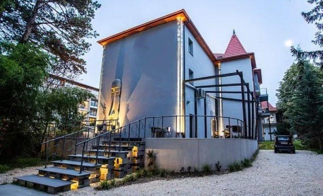 Thumbnail Hotel/guest house for sale in Id#80, Batthyány Lajos U. 22 Siófok 8600, Hungary