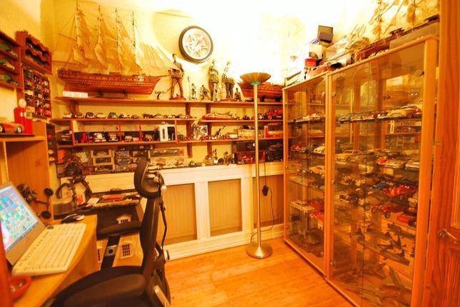 Bridgewater Road Wembley Middlesex Ha0 4 Bedroom Terraced House For Sale 45813155