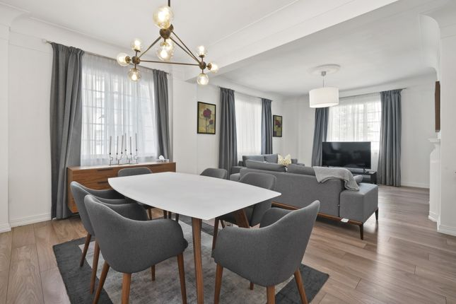 Thumbnail Flat to rent in Albion Gate, Albion Street, London
