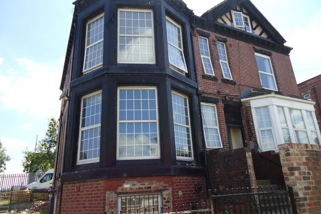 Thumbnail Flat to rent in Fairfax Road, Beeston