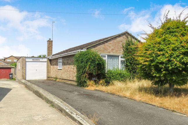 Thumbnail Detached bungalow for sale in Shillbrook Avenue, Carterton