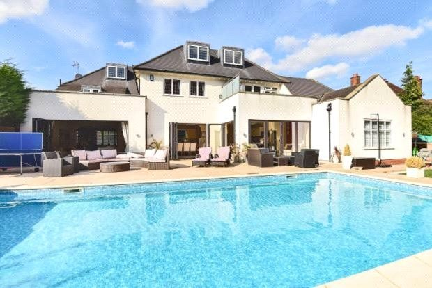 Thumbnail Detached house for sale in Malmains Way, Beckenham, Kent