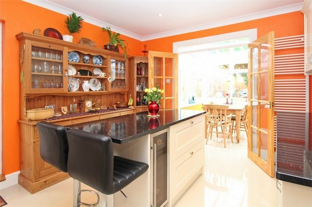 Thumbnail Detached house for sale in Pierremont Avenue, Broadstairs